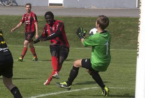 Frånö startar upp herrverksamheten igen till den kommande säsongen. Här Christian Sokapie Essel i en match från 2014.