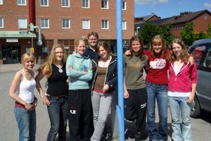Ett dygns resa ligger framför ungdomarna från Ånge innan de är framme i Sydafrika och den årliga konferensen i The Global Classroom.