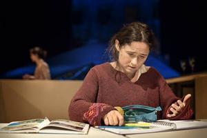 Cecilia Milocco som Katitzi på Folkteatern i Göteborg.