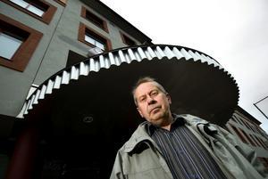 Stor oro. I Borlänge har beskedet om flytten medfört en nedgång i verksamheten. Mats Matsson, facklig representant, säger att många är oroliga.