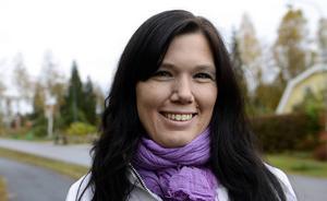 Mia Berg, journalist i Sundsvall, som är en av de som ska dra igång satsningen med Randiga huset, en mötesplats för familjer i sorg.
