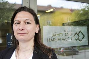 – Det pågår mycket arbete i Sveg. Vi har även fått in klagomål från patienter och synpunkter från andra håll som gör att vi behöver titta på Sveg. Vi har vårdstrateger och folk som jobbar med patientsäkerhet på plats, säger Anna Granevärn.