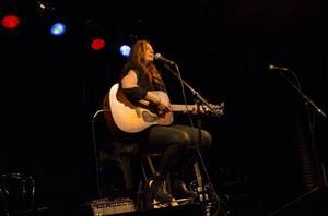 Andréa Lundqvist kom tidigare i år med en låt som fick uppmärksamhet i media, hon avslutade sin tid på scenen med