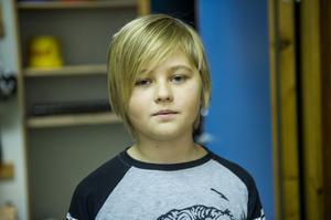 Zebastian Sjölund, 11 år, Flärke/Sunnansjö:– Jag läser Kalle Anka, jag läser ingen tidning på nätet.
