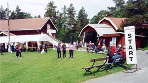 Här en bild från fjolåret där deltagarna ses förbereda sig för start vid Stocke Titt.   Foto: Rolf G. Swedbergh