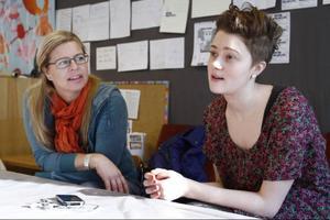 Marina Jonsson och Amanda Henriksson är ute efter Samtalet med stort S.