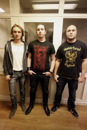 Shrednekk är Robin Andersson, Marcus Rydstedt och Johan Bertmar.