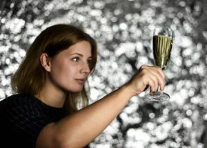 Flera av sorterna i testet får anmärkning för att de är för söta och smakar mer som läsk än mousserande vin.   Pontus Lundahl/TT