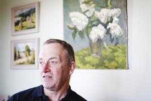 Under sina militära uppdrag utomlands har Sten Wadensjö ofta sett till att ordna en liten plätt att odla på.