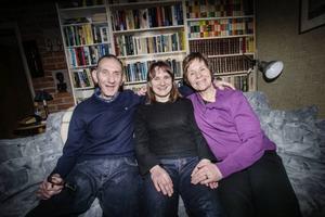 Daniel Richardssons föräldrar, Jan och Elisabeth, tillsammans med Daniels syster Anna.