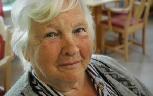 -- Jag kommer att använda den jämt, säger Anna-Lisa Andersson om sitt nya hörhjälpmedel.