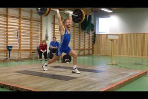 Andreas Olsen lyfte totalt 216 kilo för seger. Bilden är från en tidigare tävling.
