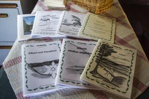 Albert Viksten-sällskapet har gett ut många årsskrifter om Albert Viksten och hans verk.