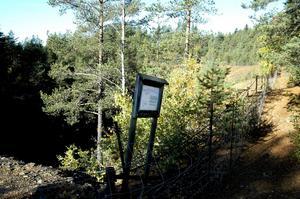 Skyltar. Nya informationsskyltar kommer att sättas upp vid gruvhål och avfallshögar vid det gamla gruvfältet i Kopparberg. Även en rad andra åtgärder ska genomföras. BILD: INGVAR SVENSSON