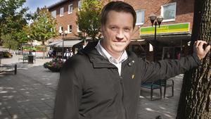 Jonas Pettersson, centrumutvecklare i Fagersta har initierat draget att slå samman centrumföreningarna. Han har även informerat politikerna i kommunstyrelsen om planerna.