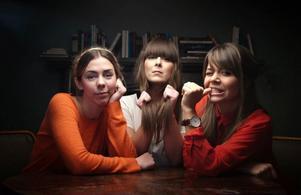 Succétrion Erato. Från vänster Ebba Lovisa från Gävle, Amanda och Petra.
