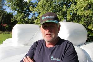 Lars Hansson har plastat in tusentals med foderbalar under sin karriär.