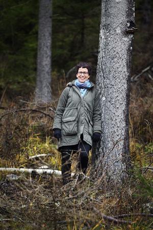 """Pia Johansson är på plats när """"Låt fjällvind blåsa hjärtat rent"""" visas."""