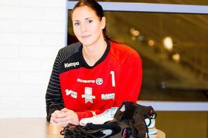 Vi-stjärnan Ellenor Åström Nilsson är ordinerad vila på grund av en knäskada.