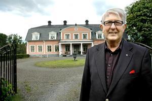 Till salu igen. Ulf Anagrius gör ett nytt försök att sälja herrgården i Stjärnfors.