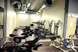 Nu ses gymmet i Skönvikshallen över och kan kanske anpassas för att passa den pensionärsgrupp som utestängts från vårdcentralens gym.
