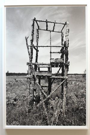 Fotografi av Corinne Ericsson från hennes dokumentation av jämtländska jakttorn.