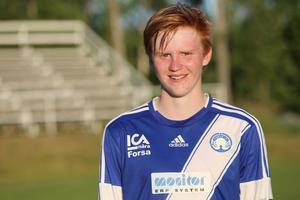 Pelle Hedlund, 17-årig mittfältare i Forsa IF. Och innebandyspelare i Håsta IBK.