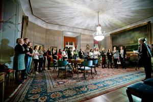Hyllades på slottet. Efter den historiska andraplatsen och Europabiljetten hyllades Kifs trupp på Örebro slott av landshövdingen Rose-Marie Frebran.