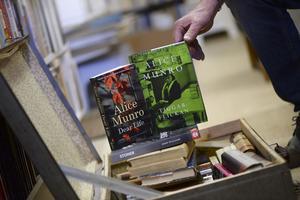 Kanske finns de här böckerna  på Muskö, när bokkaféet har öppet i Missionshuset den 23 april.