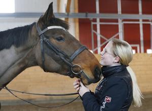 Majsan som egentligen har det tjusiga namnet Seize the day har varit en riktigt  busig häst.