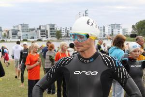 Jonas Wincent inför simningen.