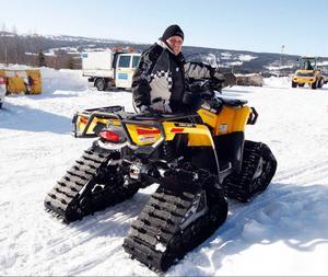 Tore Eliasson från Frösön har köpt en bandsats till sin fyrhjuling. Men snåriga regler gör att han inte vet var han får köra.