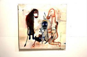 Grovt och smutsigt. Karin Wikströms måleri växer fram långsamt.
