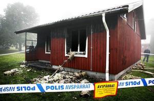 Huset vid Marnäsgatan blev så förstört vid branden att enda alternativet var att riva det. Nu byggs ett nytt hus till en kostnad av cirka 3,5 miljoner.