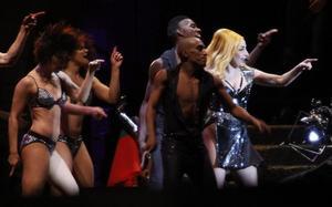 """Lady Gaga under konserten i Litauen nyligen. I torsdags och fredags gav hon  två konserter i Stockholm under sin """"Born this way ball""""-turné."""