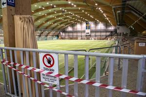 Nordichallen har varit stängd sedan förra året och Sundsvalls friidrott fick flytta in i gamla betonggjuteriet - ett lyft för föreningen och de aktiva på alla nivåer.