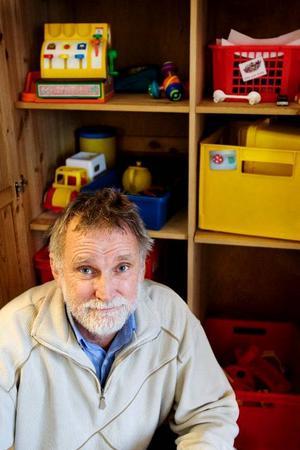 """Av barn födda 2004 har 11,4 procent övervikt och 2,2 procent klassas som feta. Nu vill barnhälsoöverläkaren Per Hedman vända utvecklingen. """"Sjuk- och hälsovården klarar inte ensam att lösa problemen med övervikt och fetma hos barn"""", säger han.Foto: Ulrika Andersson"""