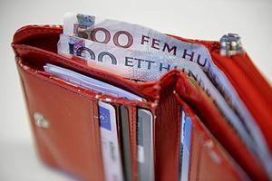 CSN blir tvungna att lätta på plånboken inför höstens ökade mängd studenter.