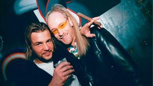 90-talsvimmel. Ulf Ekberg och Lars Wallin på den förres födelsedagsfest i New York 1995.