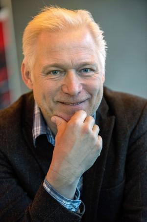 Regissören Hannes Holm säger att succén bakom Sune stavas hårt arbete och lite magi.