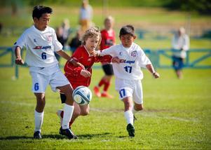 Matchen slutade 4–1 till Deren Sumidas fördel, motståndet stod norska Sörlia IL för.