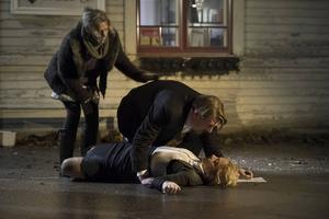 Dramatisk scen ur filmen Miraklet i Viskan som har Sverigepremiär fredag 17 april.