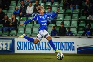 Erik Granat och GIF Sundsvall förhandlar om en kontraktsförlängning.