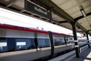 Att enkelt kunna tågpendla anses viktigt för Hudiksvall framtid.