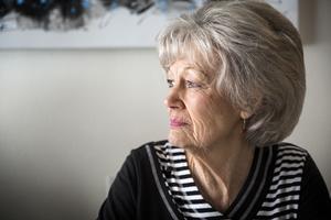 I 20 år har Ulla-Britt underhållit på äldreboenden. Hon kommer att fortsätta så länge som hon orkar.