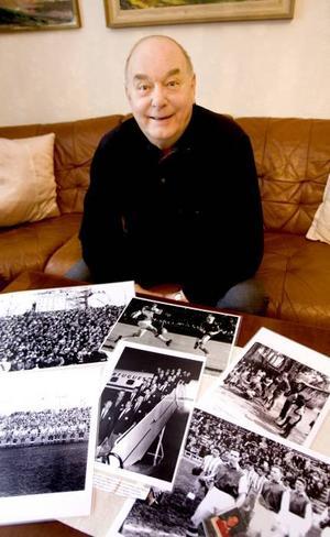 återblickar. Det är många minnen och många bilder som Roland Grönberg har från åren på 1950-talet när han spelade fotboll i SIF som då var ett allsvenskt lag.
