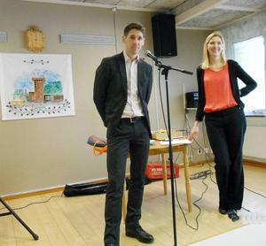 Daniel Alverlind och Emma Berg pratade om familjerätt.Foto Alf Sundin