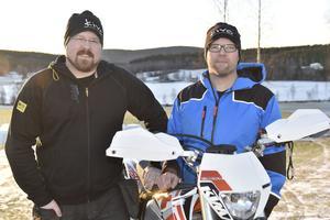 Efter att Erik Olsson och Andreas Byström fick sin snowbike typgodkänd som fordon har de kontaktats av flera återförsäljare runt om i Skandinavien som vill sälja det nya snöfordonet.