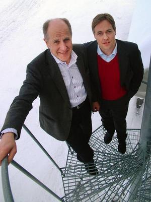 Bob Persson, vd Persson Invest AB och Jan Mårtensson, vd SCA Timber AB, informerade på torsdagen om planer på ett gemensamt sågbolag  i Bräcke och Ragunda kommuner.Foto: Ingvar Ericsson