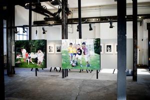Lennart Engström visar nära femtio fotografier i utställningen på Meken, både färg och svartvitt.
